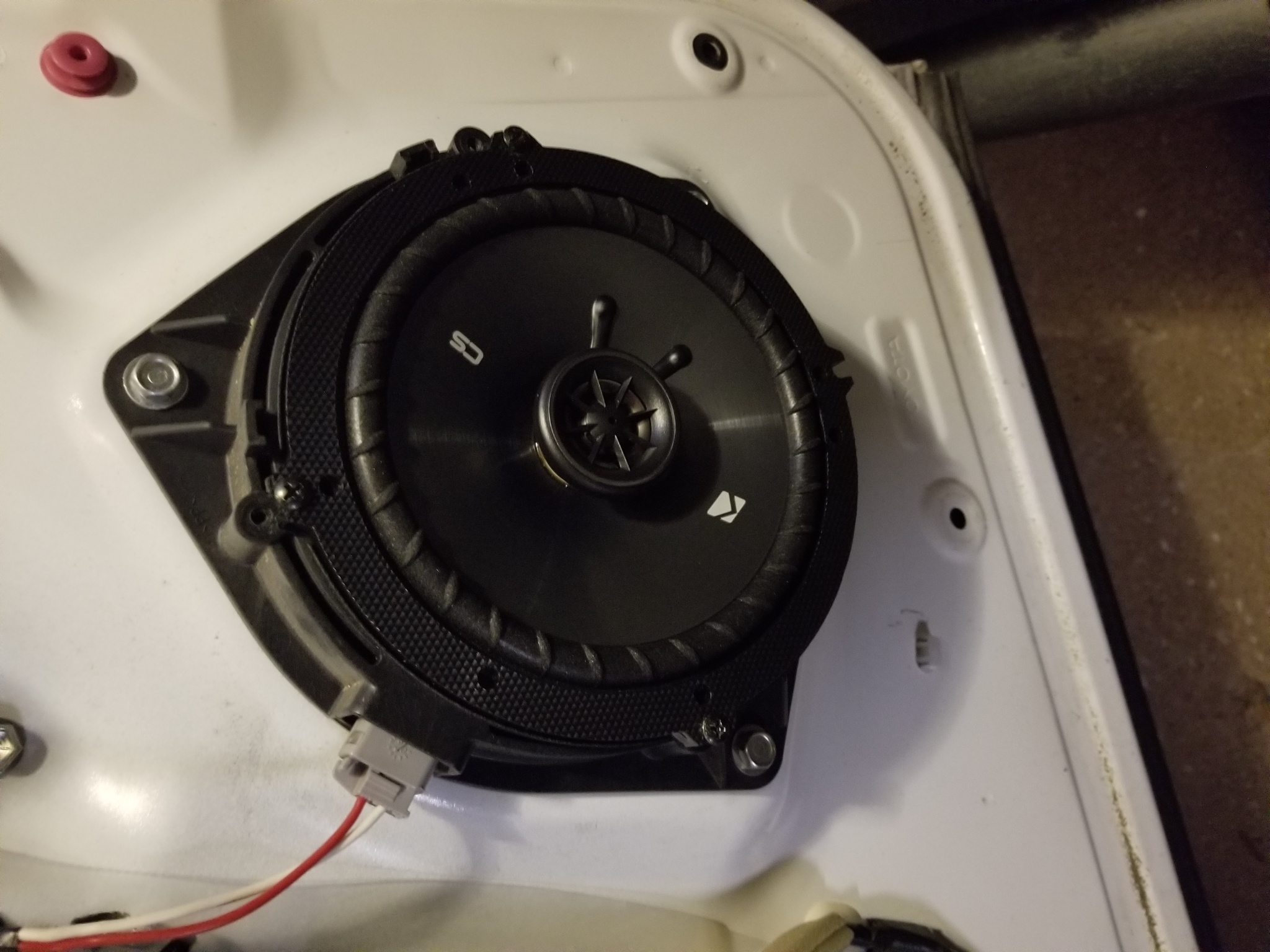 JBL amp Ohm for front speakers - 06 DC w/JBL | Toyota Tundra
