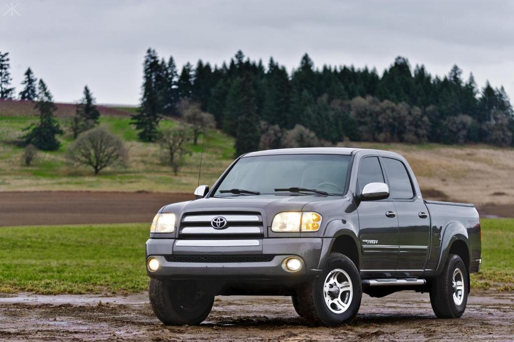 Showcase cover image for kylekruchok's 2004 Toyota Tundra
