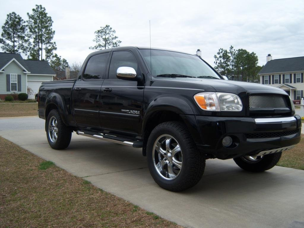 Showcase cover image for S.Straube's 2005 Toyota SR5 Double Cab