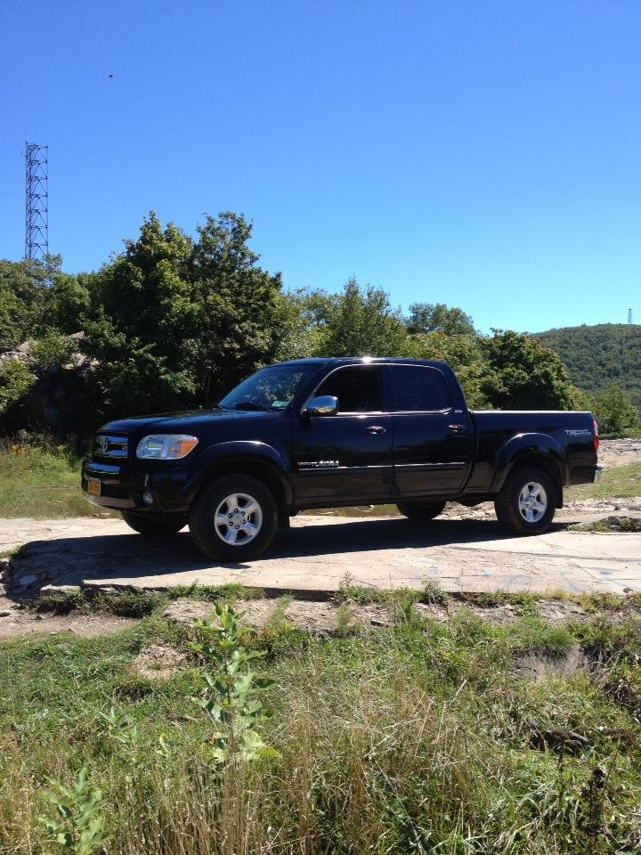 Showcase cover image for Upstate323's 2006 Toyota Tundra