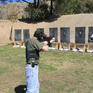 Shooting the MP5A4 @ the San Bernardino County Sheriff's Dept. Training Facility